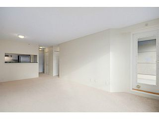 Photo 2: 601 5189 GASTON Street in Vancouver: Collingwood VE Condo for sale (Vancouver East)  : MLS®# V1102108