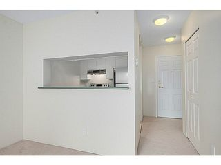 Photo 4: 601 5189 GASTON Street in Vancouver: Collingwood VE Condo for sale (Vancouver East)  : MLS®# V1102108