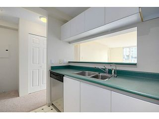 Photo 5: 601 5189 GASTON Street in Vancouver: Collingwood VE Condo for sale (Vancouver East)  : MLS®# V1102108