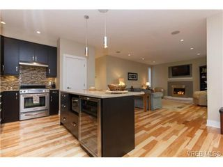 Photo 6: 652 Granrose Terrace in VICTORIA: Co Latoria Single Family Detached for sale (Colwood)  : MLS®# 347160