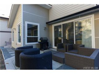 Photo 15: 652 Granrose Terrace in VICTORIA: Co Latoria Single Family Detached for sale (Colwood)  : MLS®# 347160