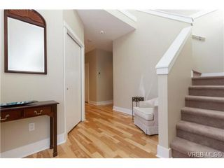 Photo 2: 652 Granrose Terrace in VICTORIA: Co Latoria Single Family Detached for sale (Colwood)  : MLS®# 347160