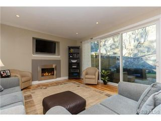 Photo 3: 652 Granrose Terrace in VICTORIA: Co Latoria Single Family Detached for sale (Colwood)  : MLS®# 347160