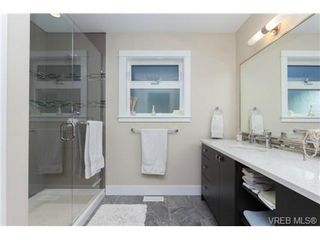 Photo 11: 652 Granrose Terrace in VICTORIA: Co Latoria Single Family Detached for sale (Colwood)  : MLS®# 347160