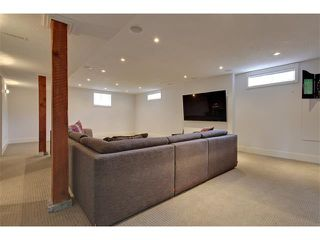 Photo 24: 419 49 Avenue SW in Calgary: Elboya House for sale : MLS®# C4008059