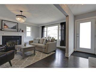 Photo 3: 419 49 Avenue SW in Calgary: Elboya House for sale : MLS®# C4008059