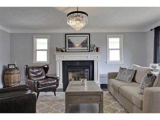 Photo 4: 419 49 Avenue SW in Calgary: Elboya House for sale : MLS®# C4008059