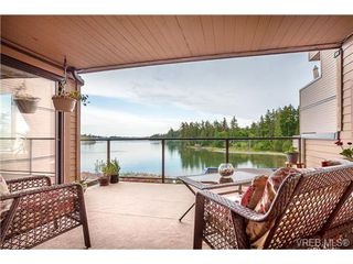Photo 4: 207 485 Island Hwy in VICTORIA: VR Six Mile Condo Apartment for sale (View Royal)  : MLS®# 702261
