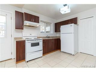 Photo 16: 1283 Santa Rosa Ave in VICTORIA: SW Strawberry Vale House for sale (Saanich West)  : MLS®# 705878