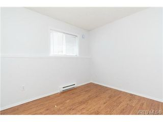 Photo 17: 1283 Santa Rosa Ave in VICTORIA: SW Strawberry Vale House for sale (Saanich West)  : MLS®# 705878