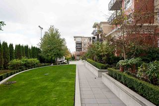 "Photo 18: 103 2970 KING GEORGE Boulevard in Surrey: Elgin Chantrell Condo for sale in ""WATERMARK"" (South Surrey White Rock)  : MLS®# R2011734"
