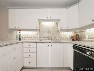 Photo 11: 101 1235 Johnson St in VICTORIA: Vi Downtown Condo Apartment for sale (Victoria)  : MLS®# 716841