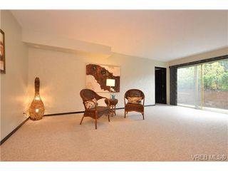 Photo 2: 101 1235 Johnson St in VICTORIA: Vi Downtown Condo Apartment for sale (Victoria)  : MLS®# 716841