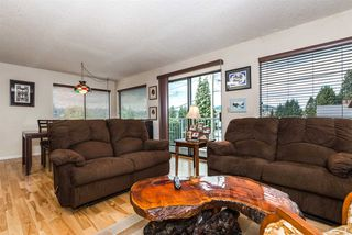 """Photo 2: 115 JACOBS Road in Port Moody: North Shore Pt Moody House for sale in """"NORTH SHORE AREA"""" : MLS®# R2053862"""