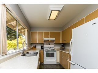 "Photo 15: 1172 CHATEAU Place in Port Moody: College Park PM Townhouse for sale in ""CHATEAU PLACE"" : MLS®# R2056264"