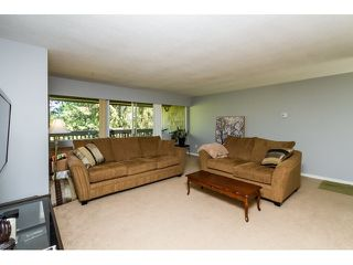 """Photo 3: 1172 CHATEAU Place in Port Moody: College Park PM Townhouse for sale in """"CHATEAU PLACE"""" : MLS®# R2056264"""