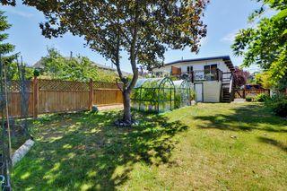 Photo 17: 417 Langford St in VICTORIA: VW Victoria West Half Duplex for sale (Victoria West)  : MLS®# 735440