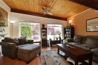 Photo 2: 417 Langford St in VICTORIA: VW Victoria West Half Duplex for sale (Victoria West)  : MLS®# 735440