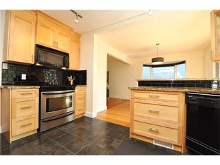 Photo 3: 3031 25 Street SW in Calgary: Richmond House for sale : MLS®# C4092785