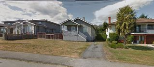 Photo 2: 4931 FRANCES Street in Burnaby: Capitol Hill BN House for sale (Burnaby North)  : MLS®# R2133533