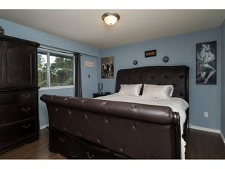 "Photo 15: 13873 BLACKBURN Avenue: White Rock House for sale in ""WEST WHITE ROCK"" (South Surrey White Rock)  : MLS®# R2136518"