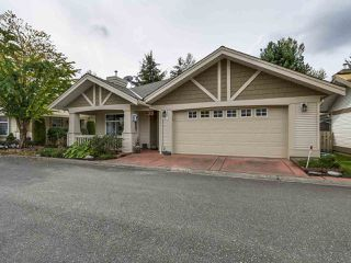 "Photo 1: 57 8555 209TH Street in Langley: Walnut Grove Townhouse for sale in ""AUTUMNWOOD"" : MLS®# R2138283"