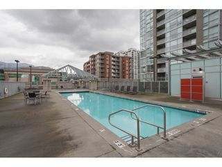 "Photo 19: 2202 2968 GLEN Drive in Coquitlam: North Coquitlam Condo for sale in ""Grand Central 2"" : MLS®# R2142180"