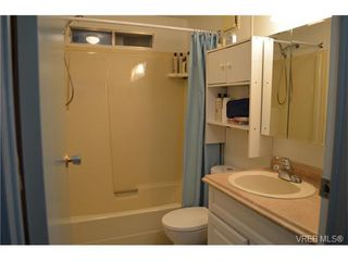 Photo 14: 4 60 Cooper Rd in VICTORIA: VR Glentana Manufactured Home for sale (View Royal)  : MLS®# 753353