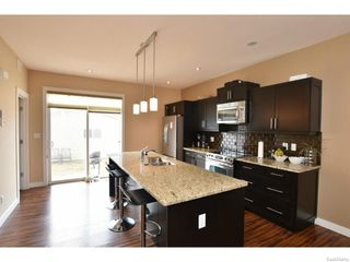 Photo 2: 7517 OXBOW Way in Regina: Fairways West Residential for sale : MLS®# SK603283