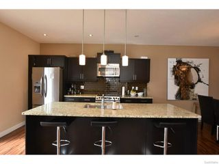 Photo 5: 7517 OXBOW Way in Regina: Fairways West Residential for sale : MLS®# SK603283