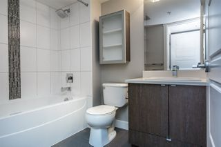 """Photo 14: 202 19936 56 Avenue in Langley: Langley City Condo for sale in """"BEARING POINTE"""" : MLS®# R2153029"""