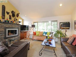 Photo 10: 980 Perez Drive in VICTORIA: SE Broadmead Single Family Detached for sale (Saanich East)  : MLS®# 376776