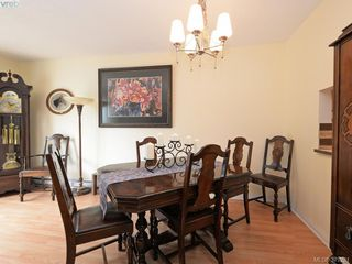 Photo 5: 301 642 Agnes Street in VICTORIA: SW Glanford Townhouse for sale (Saanich West)  : MLS®# 379281