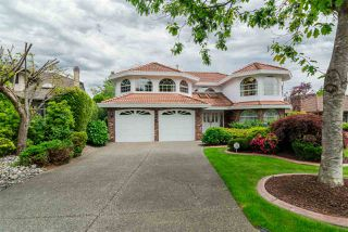 Photo 1: 10446 WILLOW Grove in Surrey: Fraser Heights House for sale (North Surrey)  : MLS®# R2187119