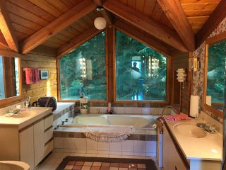 Photo 17: 1605 MISSION Road in Sechelt: Sechelt District House for sale (Sunshine Coast)  : MLS®# R2190903