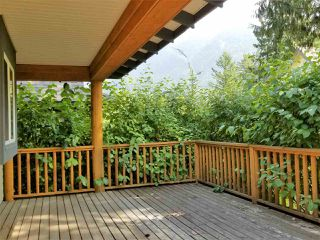 "Photo 8: 43520 DEER RUN Road in Chilliwack: Columbia Valley House for sale in ""The Cottages at Cultus Lake"" (Cultus Lake)  : MLS®# R2201255"