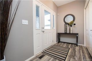 Photo 2: 110 Harlow Bay in Winnipeg: Canterbury Park Residential for sale (3M)  : MLS®# 1724137