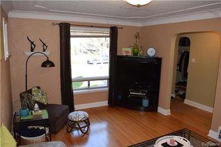 Photo 3: 16 Elm Park Road in Winnipeg: Elm Park Residential for sale (2C)  : MLS®# 1727338