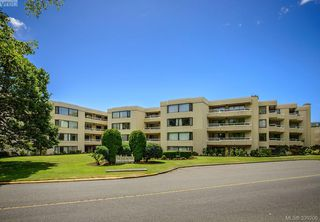 Photo 20: 205 1370 Beach Dr in VICTORIA: OB South Oak Bay Condo Apartment for sale (Oak Bay)  : MLS®# 675292