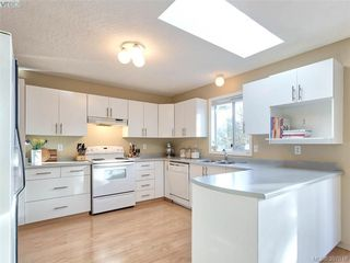 Photo 3: 11035 Larkspur Lane in NORTH SAANICH: NS Swartz Bay House for sale (North Saanich)  : MLS®# 777746