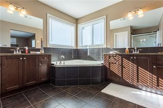 Photo 16: 128 DRAKE LANDING Green: Okotoks House for sale : MLS®# C4167961