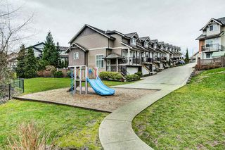 "Photo 1: 28 11720 COTTONWOOD Drive in Maple Ridge: Cottonwood MR Townhouse for sale in ""COTTONWOOD GREEN"" : MLS®# R2249775"