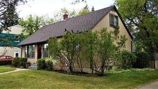 Main Photo: 8204 98 Avenue NW in Edmonton: Zone 19 House for sale : MLS®# E4112092