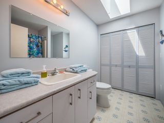 Photo 7:  in Sechelt: Sechelt District House for sale (Sunshine Coast)  : MLS®# R2272815