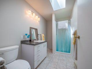 Photo 10:  in Sechelt: Sechelt District House for sale (Sunshine Coast)  : MLS®# R2272815