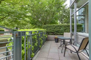 Photo 16: TH107 1288 MARINASIDE Crescent in Vancouver: Yaletown Townhouse for sale (Vancouver West)  : MLS®# R2276304