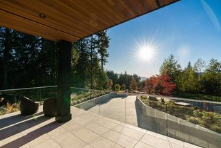 """Photo 2: 2196 SUMMERWOOD Lane: Anmore House for sale in """"Chartwell Green Estates"""" (Port Moody)  : MLS®# R2287158"""