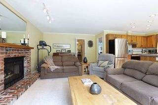 Photo 5: 999 CANYON Boulevard in North Vancouver: Canyon Heights NV House for sale : MLS®# R2297084