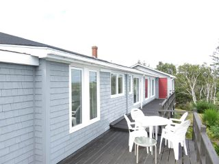Photo 10: 244 ROUND BAY FERRY Road in Round Bay: 407-Shelburne County Residential for sale (South Shore)  : MLS®# 201822768