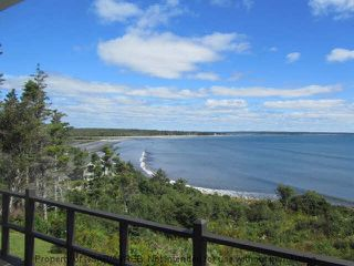 Photo 8: 244 ROUND BAY FERRY Road in Round Bay: 407-Shelburne County Residential for sale (South Shore)  : MLS®# 201822768